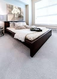 der helle teppichboden lässt sich gut kombinieren und