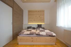 zirbenschlafzimmer zur erholung listberger tischlerei