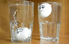 bad eggs float or sink simple trick to tell if an egg has bad