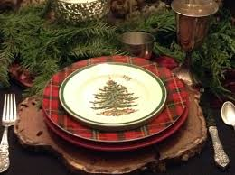 Spode Christmas Tree Platter paperwhites on the dining room table