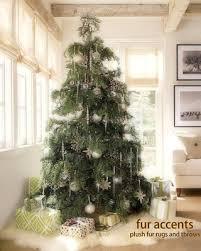 White Christmas Tree Skirt Walmart by Don U0027t Miss This Deal Classic Faux Fur Christmas Tree Skirt Shaggy