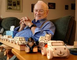 100 Truck Toys Arlington Tx This Santas Helper Has His Own Workshop In Everett HeraldNetcom
