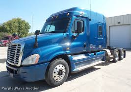 2009 Freightliner Cascadia Semi Truck | Item DC5289 | SOLD! ... 2011 Freightliner M2 106 For Sale 2599 Patriot Freightliner Trucks And Western Star Trucks In Ca North Jersey Truck Center Sprinter Mitsu Fuso Dealer 2007 Cl12064s Columbia 120 For Sale In Saddle Brook Cascadia Truck Httpsautoleinfo Dealership Sales San Used Sale Va Inventory Warner Centers Flatbed