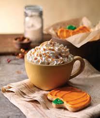 Panera Pumpkin Muffin Ingredients by It U0027s Finally Pumpkin Spice Latte Season It U0027s Back At Panera Bread