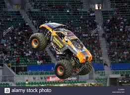 Monster Jam Stock Photos & Monster Jam Stock Images - Alamy Alianzaverdeporlonpacifica Tere Took A Perfect Series Of Photos Monster Jam Opens Its 2018 Season In Nashville Wanderlust We Loved Macaroni Kid Former Seattle Seahawks Player Marshawn Lynch Runs Over Jeep With Traxxas Trucks To Rumble Into Rabobank Arena On Winter Echternkamps Monster Truck Dream Close Fruition Heraldwhig Things To Do In Phoenix This Weekend Oct 6th 8th 2017 101 Grave Diggermonster Pepsi Center 282014 Youtube My Favotite Mark Traffic Stock Photos Images Alamy Denver Super Show G Body Hopping Lowrider