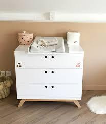 chambre bébé beige emejing chambre bebe prune et beige pictures design trends 2017