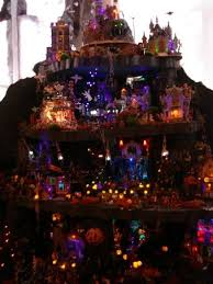 Lemax Halloween Village Displays by 56 Best Christmas And Halloween Village Ideas Images On Pinterest