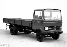The Mercedes-Benz LP 608 Light-duty Truck (10) | Mercedes-Benz-Blog ...