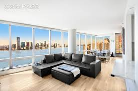 100 Ritz Apartment The Carlton Residences 10 WEST ST S For Sale Rent