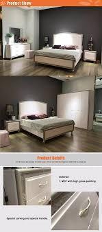 pakistan design holz doppelbett designs mit kleider schrank hochwertige schlafzimmer möbel set buy hohe qulity holz doppelbett designs mit box holz