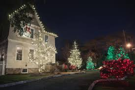 Barcana Christmas Tree Lights by Residential Christmas Decor Lights Installation New Jersey