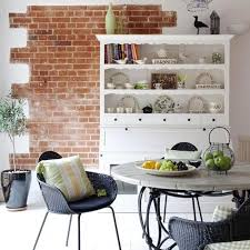 Exposed Brick Wall Design For Modern Dining Room Decorating