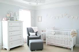 quand préparer la chambre de bébé la chambre de bebe une chambre bacbac aux tons roses et gris clair