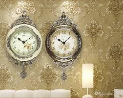 großhandel europäische swing mute wanduhr mit pendel heim wohnzimmer wanduhr dekoration deco 0201017 byrd 85 33 auf de dhgate dhgate