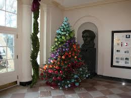 Seashell Christmas Tree Skirt by 7 Christmas Tree Ideas Thirtysomethingsupermom