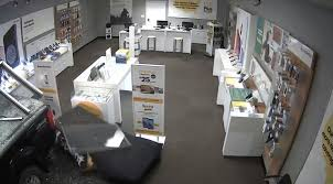 100 Two Men And A Truck Cedar Rapids Drives Into Sprint Store In