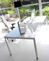 bureau en verre blanc bureau direction bois laqué ambiance dynamique bureaux