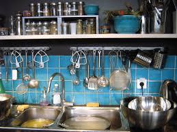 comment bien ranger une cuisine comment ranger la cuisine install porte de sous le plan de
