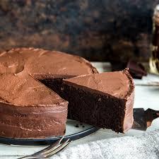 saftiger schokoladenkuchen mit rote bete und ganache