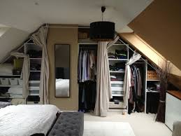 rideaux pour placard de chambre marvelous rideau de chambre fille 14 dressing sous pente avec