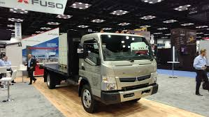 100 Mitsubishi Commercial Trucks Fuso Brings Gas Power To The Class 5 Cabover