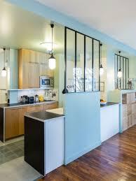 separation cuisine sejour une verrière dans la cuisine pour une déco rétro style atelier