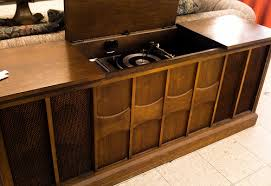 Antique Record Player Cabinet Antique Record Players WEDGELOG