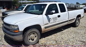 2000 Chevrolet Silverado 2500 Ext. Cab Pickup Truck | Item J... 2000 Chevy Silverado 1500 Extended Cab Ls Malechas Auto Body Chevyridinghi Chevrolet Regular Specs Buy Here Pay For Sale In San Chevrolet Gmt400 3500 Sale Medina Oh Southern Select 2500hd 4x4 Questions I Have A 34 Ton New Lease Deals Quirk Near Boston Ma 2500 Victory Red 1999 Lt K1500 Used For Grand Rapids Mn