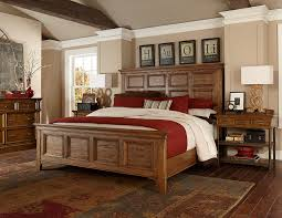 king panel bed with frame moldings by broyhill furniture wolf