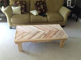 Coffee Tables Made Out Of Pallets Using