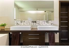 dunkel badezimmer moderne möbel brauner badezimmer