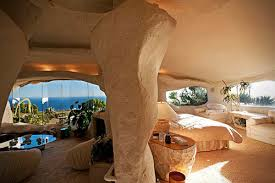 100 Flintstone House Dick Clark S S Is Currently For Sale Airows