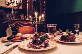 bratapfel strudel und gans in lebkuchen sauce schlemmen in