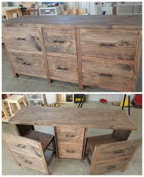Build A Reclaimed Wood Desk by Best 25 Refurbished Desk Ideas On Pinterest Desk Redo