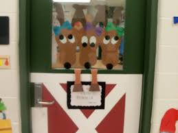 Christmas Office Decorating Ideas For The Door by Office 32 Office Door Christmas Decorating Ideas Holiday Door