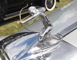 Art Created For The Car - Hood Ornaments These Classic Du Ponts Were The Undisputed Kings Of Wacky Pebble New Hood Ornament And Fender Bezels Youtube Laurin Klement Oldtimer Vehicles Pinterest Cars Filebuick Mid 50s Hood Ornamentsjpg Wikimedia Commons Truck 1950 Chevy Old Photos Ornaments Archives Roadkill Customs All About Ornaments Design Beauty Classic Style Gaz Related Cartype Art Created For The Car La Salle Filehood Ornamentjpg