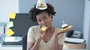 ennui au bureau anniversaire bureau solitude hd stock 923 761 939