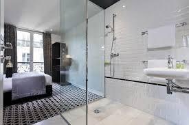 carrelage salle de bain metro carrelage métro blanc dans la cuisine et la salle de bains