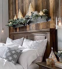 rustikale weihnachtsdeko schlafzimmer mit leuchtender deko
