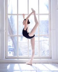 portraits of ballet dancers by daria chenikova