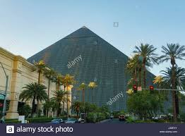 Luxor Casino Front Desk by Luxor Hotel Stock Photos U0026 Luxor Hotel Stock Images Alamy