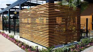 Restaurant patio fencing to block sun Restaurant