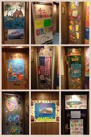 10 Ideas for Decorating your Cruise Cabin Door
