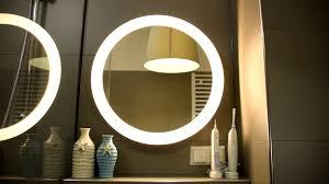 philips hue adore badezimmer spiegelleuchte im test