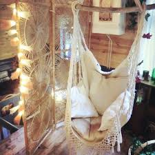 Knotted Melati Hanging Chair Natural Motif by Best 25 Garden Hanging Chair Ideas On Pinterest Outdoor Hanging