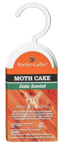 Willert Home Hang Up Moth Cake