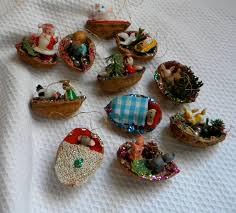 Seashell Christmas Tree Ornaments by Vintage Hand Made Walnut Shell Christmas Ornament Lot 11 Kitsch