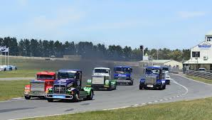 SRZ Racing Secures Super Truck Title At Wakefield - Wakefield Park ... Alaide 500 Stadium Super Trucks Schedule Dirtcomp Magazine Super To Start 2018 World Championship At Lake On Twitter Setting Up Detroitgp Racing Super Trucks The Road Indycar The Star Race Road America August 2325 Ramp It This Series Will Trample F1 Cars Big Rig Shootoutrmr Srz Secures Truck Title Wakefield Park Pure Motsport Or Gimmick Bittntsponsored Female Racer Rocks In Toronto Stadium Trucks To Race Road America August Asc