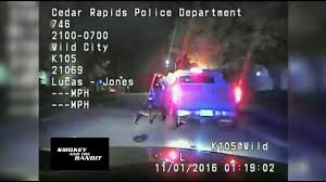 Cedar Rapids Officer Lucas Jones Shot Jerime Mitchell. - YouTube