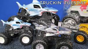 100 Shark Wreak Monster Truck In Tuesday Jam Megalodon 124 Hot Wheels Jam